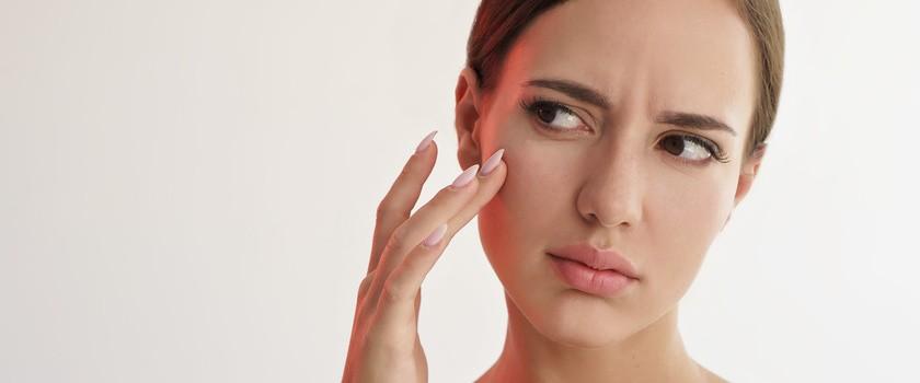 Pielęgnacja suchej skóry – jak nawilżać odwodnioną skórę twarzy