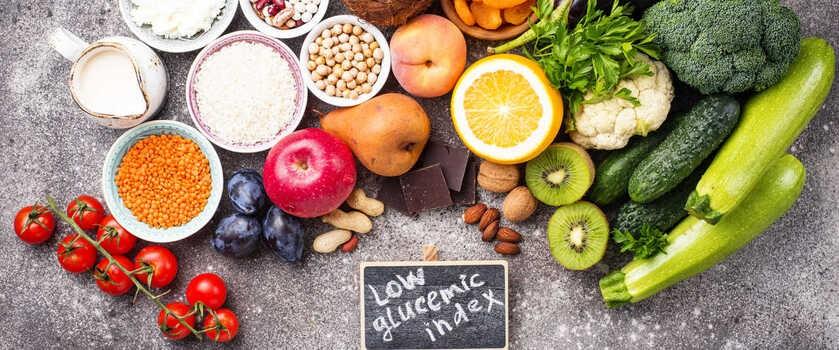 Dieta z niskim IG – dla kogo? Jak powinna wyglądać? Zasady, produkty o niskim indeksie glikemicznym, przepisy