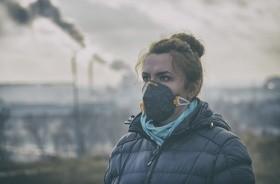Jak smog wpływa na skórę?