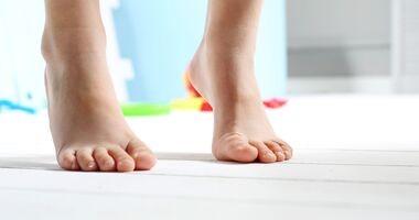 12 czynników wpływających na powstawanie płaskostopia