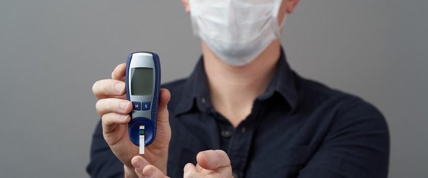 Koronawirus a cukrzyca – dlaczego wirus SARS-CoV-2 jest szczególnie groźny dla diabetyków?