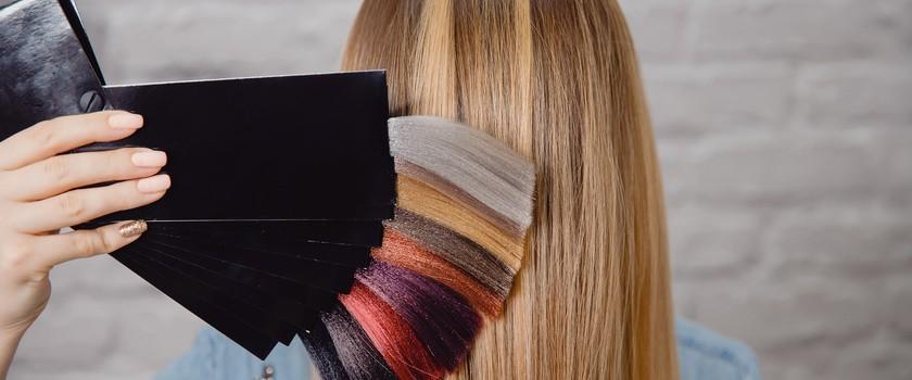 Farbowanie włosów może przyczyniać się do powstawania raka piersi