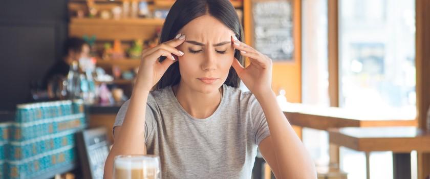 Miewasz migreny? Uważaj na kofeinę