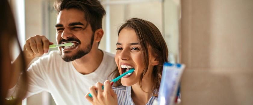 5 sposobów na mocne i zdrowe zęby