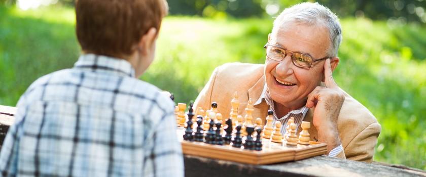 Grasz w gry lub szydełkujesz? Możesz uniknąć problemów z pamięcią