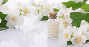 Jak podawać i dawkować leki homeopatyczne?