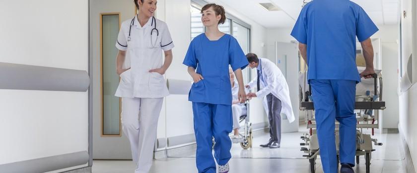 Czy sieć szpitali oznacza dłuższe kolejki?