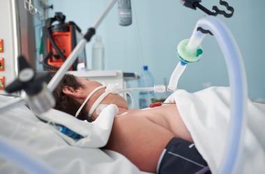 ARDS (ostra niewydolność oddechowa) – przyczyny, objawy, leczenie zespołu ostrej niewydolności oddechowej