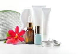 Proteiny w kosmetykach – przyszłość kosmetologii