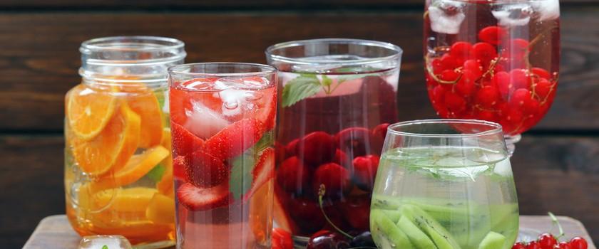 Napoje chłodzące - czym ugasić pragnienie?