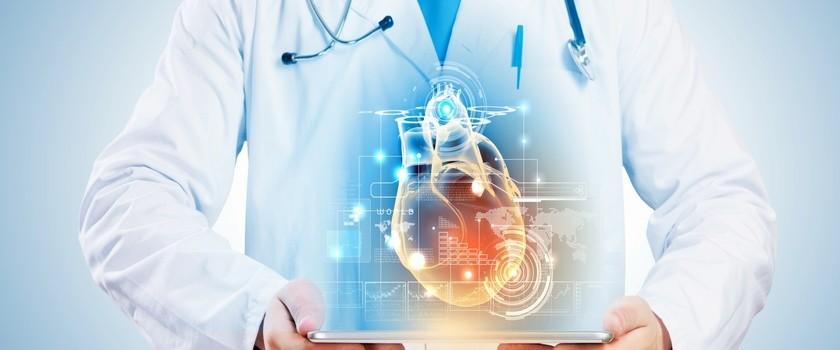 Lekarze coraz chętniej udzielają porad w sieci i telefonicznie