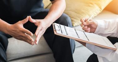 Badanie prostaty — na czym polega?