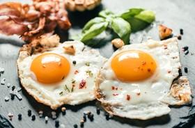 Jedno jajko dziennie nie zwiększa ryzyka zawału