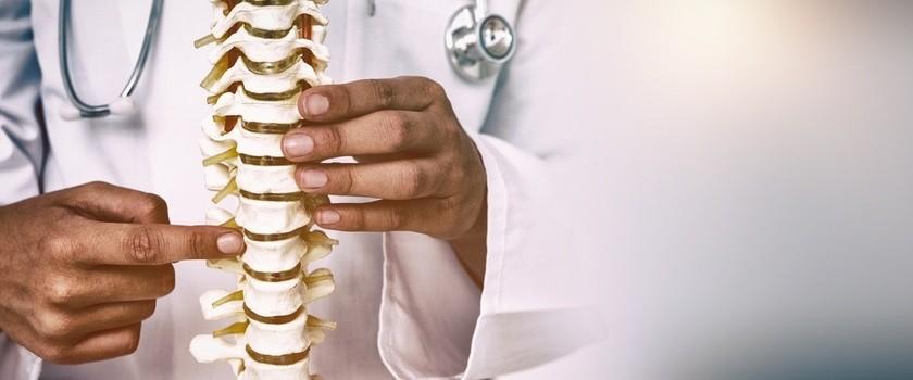 Zwyrodnienie kręgosłupa – przyczyny, objawy, leczenie, ćwiczenia przy zmianach zwyrodnieniowych kręgosłupa