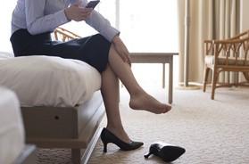 Drętwienie nóg – przyczyny, diagnostyka i co robić, gdy drętwieją nogi?