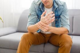 Ból ręki – przyczyny, diagnostyka, leczenie, rehabilitacja bólu ręki