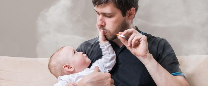 Bierne palenie niszczy słuch dzieci