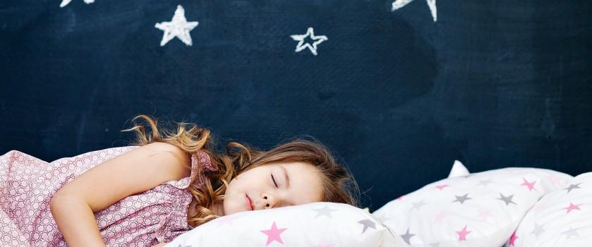 Dla zdrowia dzieci sen jest równie ważny, jak dieta