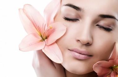 Kosmetyki przeciw starzeniu się skóry - co zawierają?