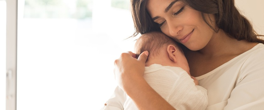 Nawet krótka rozłąka z matką może szkodzić noworodkowi