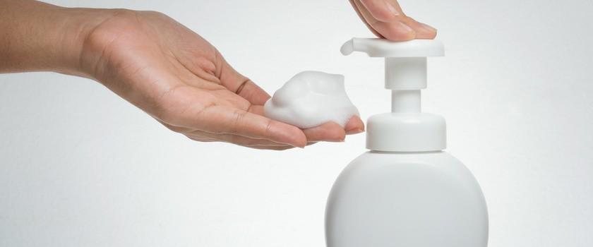 Żel, płyn czy pianka – który kosmetyk do higieny intymnej wybrać?