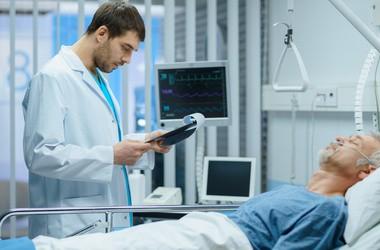 Zasadowica oddechowa (alkaloza) – przyczyny, objawy, badania i leczenie