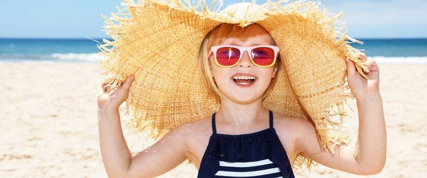 Jak chronić skórę dziecka przed słońcem?