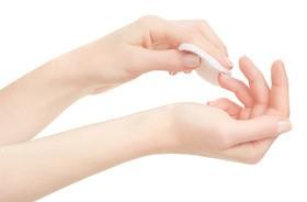 Jak wzmocnić paznokcie? Praktyczne porady