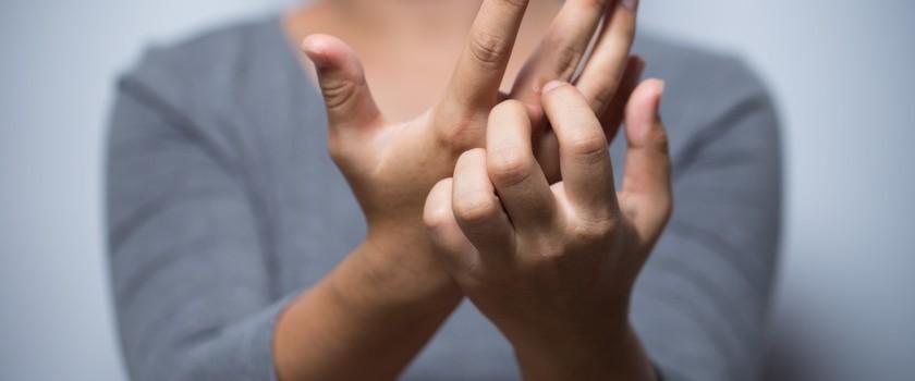 Jak wyleczyć egzemę na rękach i dłoniach?