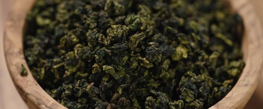 Herbata oolong (ulung) – właściwości, sposób parzenia, zastosowanie smoczej herbaty