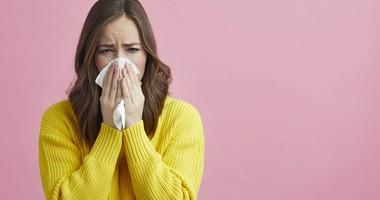 Katar sienny – jak się objawia i jakie są sposoby na alergiczny nieżyt nosa?