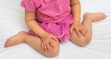 Koślawość kolan – przyczyny i leczenie koślawych kolan u dzieci i dorosłych. Ćwiczenia na koślawe kolana