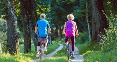 Aktywność fizyczna na świeżym powietrzu – co wybrać? Jak zadbać o odpowiednią dawkę ruchu podczas pandemii?