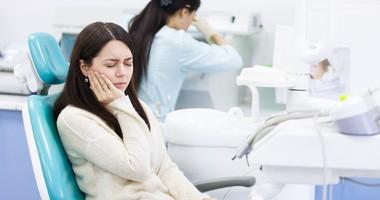 Ropień zęba – jak powstaje, objawy i rodzaje
