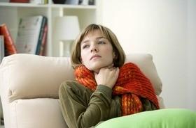 Co robić, gdy boli gardło? Co może oznaczać ból w gardle?