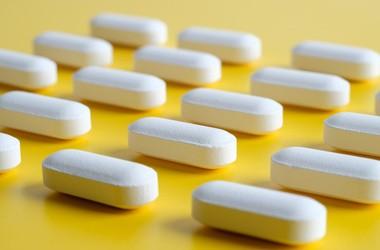 Amantadyna w leczeniu COVID-19. Czy jest skuteczna?