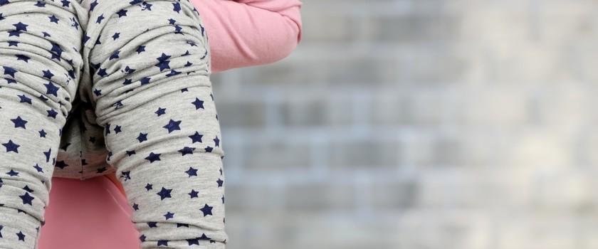Zapalenie pęcherza u niemowląt i dzieci – przyczyny, objawy, leczenie i domowe sposoby