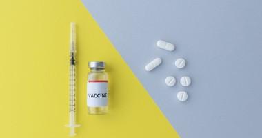 Szczepionka na COVID-19 jako tabletka lub spray do nosa? Jakich innowacji możemy spodziewać się w najbliższej przyszłości?