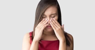 Zatkany nos – przyczyny i sposoby leczenie zatkanego nosa bez kataru