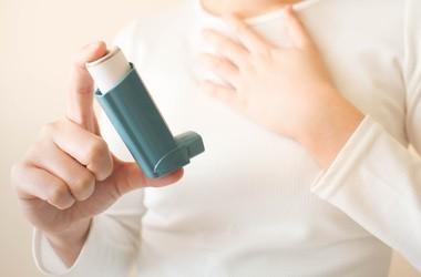 Astma – przyczyny, objawy, leczenie astmy oskrzelowej u dzieci i u dorosłych