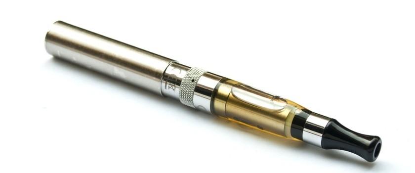 Ministerstwo Zdrowia rozpoczyna walkę z e-papierosami