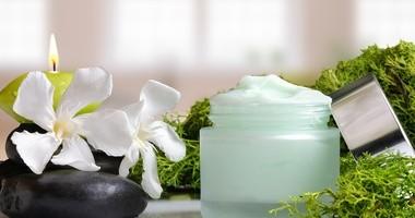 Kosmetyki z algami. Na co zwrócić uwagę?