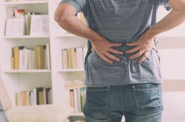 Lumbalizacja – przyczyny, objawy, leczenie, ćwiczenia