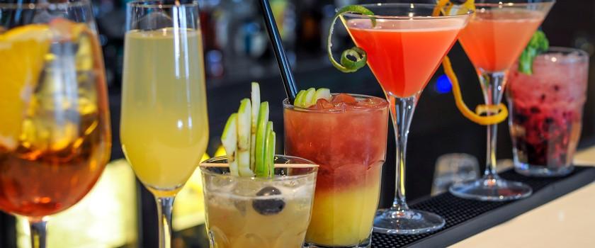 Rząd dmucha na zimne i chce ograniczyć reklamy alkoholu