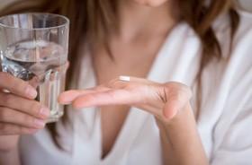 Czym jest kodeina, jak działa i jakie ma skutki uboczne?