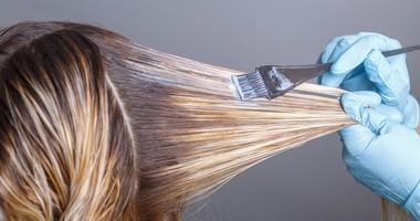 Farbowanie włosów w ciąży- czy jest bezpieczne?