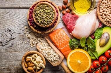 Dieta przy zaburzeniach hormonalnych – najważniejsze zasady