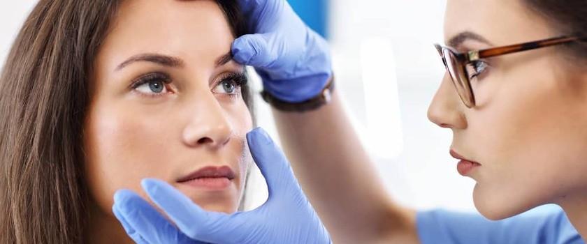 Uczulenie na hennę (PDD, parafenylodwuaminę) – objawy,  leczenie