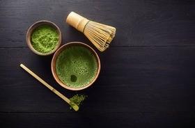 Matcha – właściwości i sposób parzenia zielonej herbaty w proszku