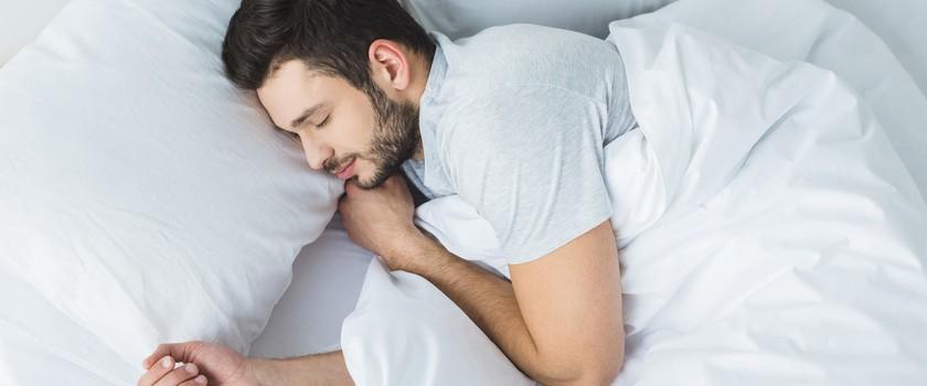Jak sen wpływa na jelita?